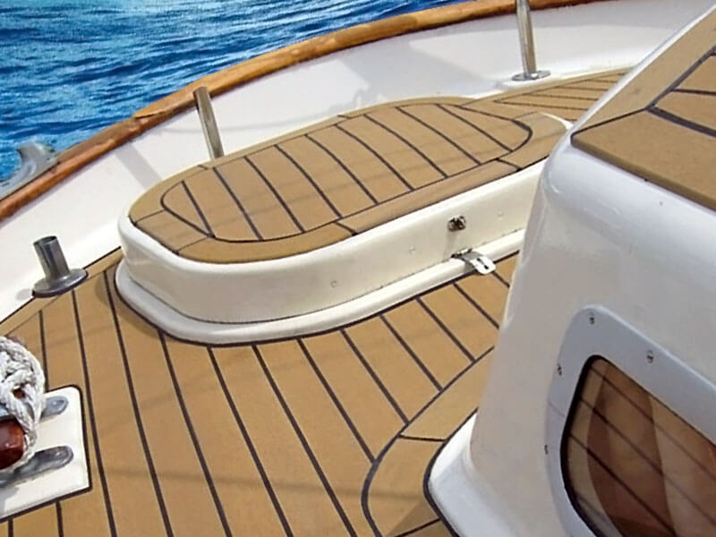 What is The Best Material for Boat Deck